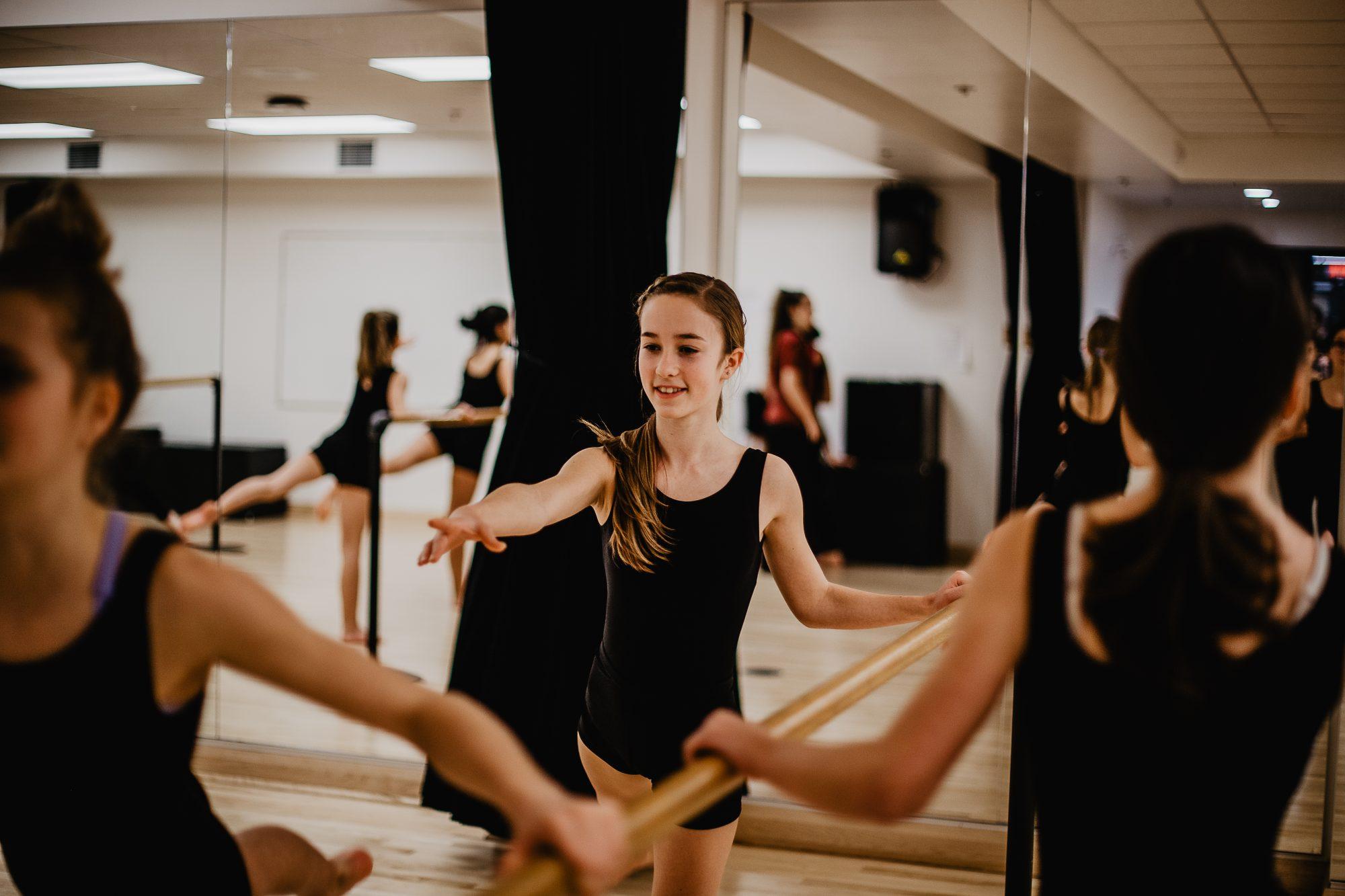 Image danseuses de balais